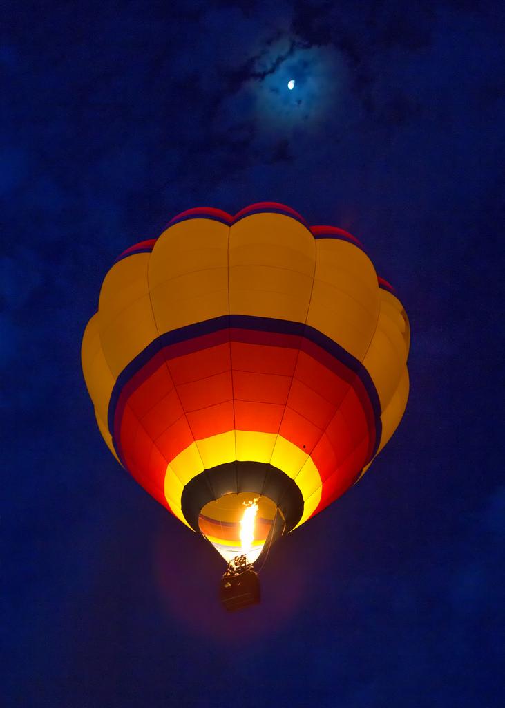 Balloon and Moon