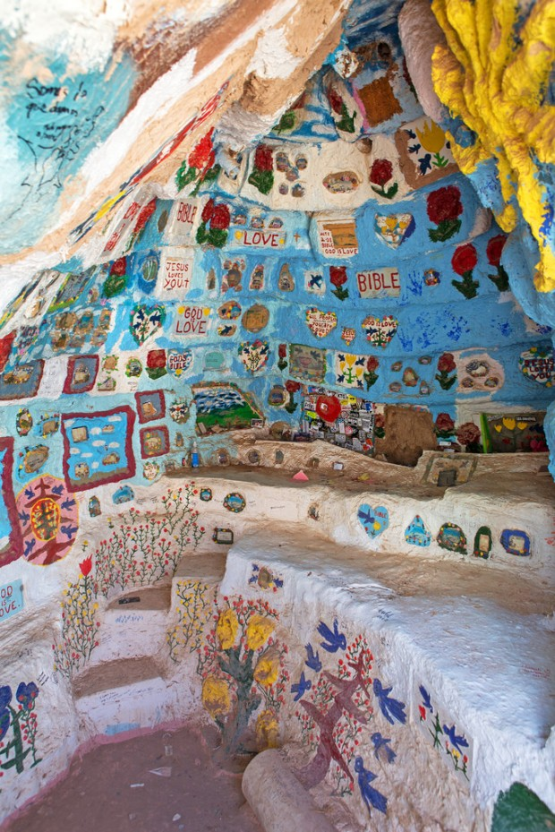 Salvation Mountain Alcove
