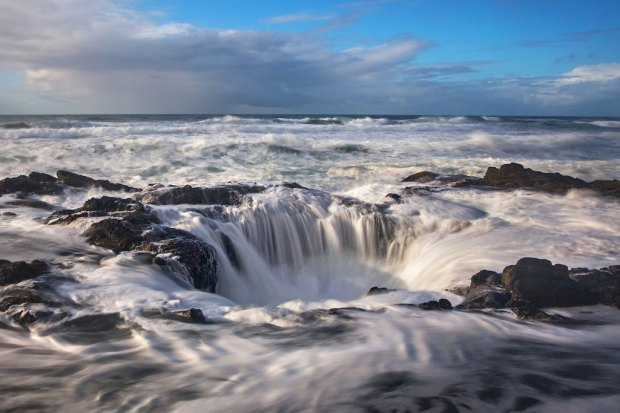 Afternoon Sun on Thor's Well