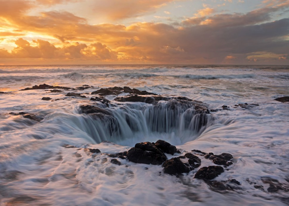 Late Light at Thor's Well