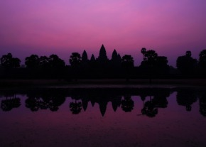 Angkor Wat Mangenta Dawn