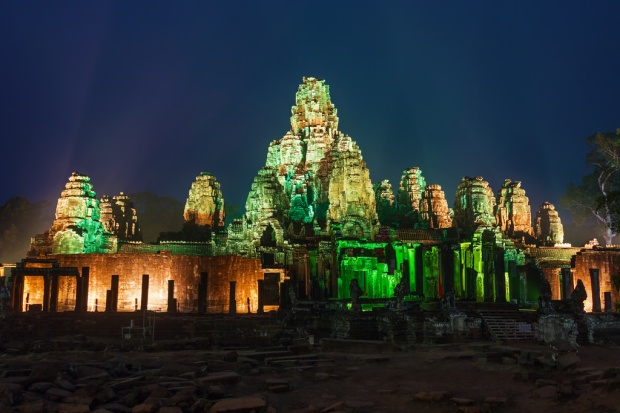 Bayon Lit Up for Angkor Sankranta 2016