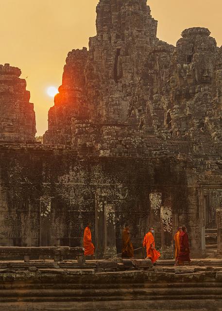 Monks under Hazy Bayon Sun