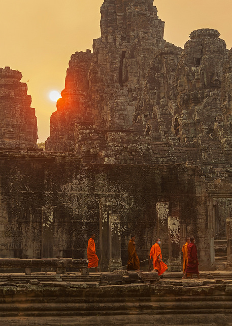 Monks under Hazy Bayon Sun
