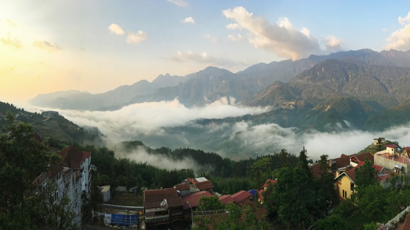 View of Sunrise Fog from Sapa