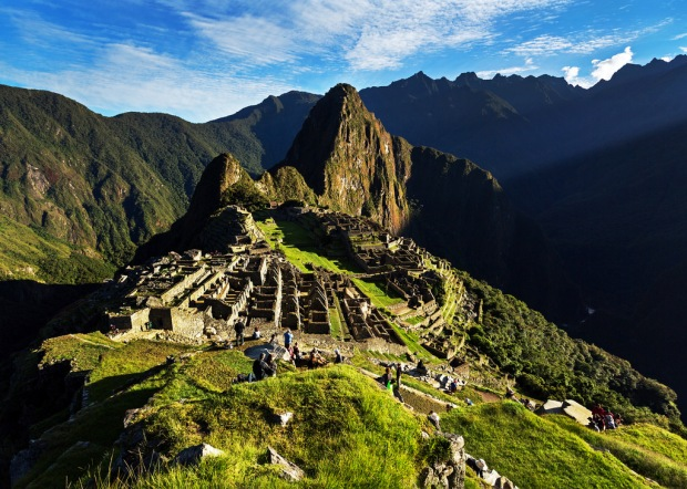 early-light-on-machu-picchu