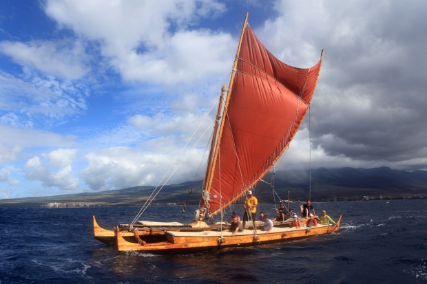 Group on the Wa'a Kaulua