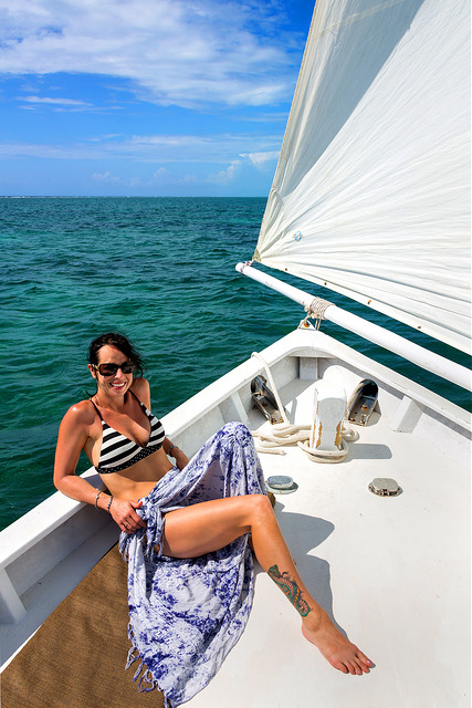 marie-sailing-in-belize