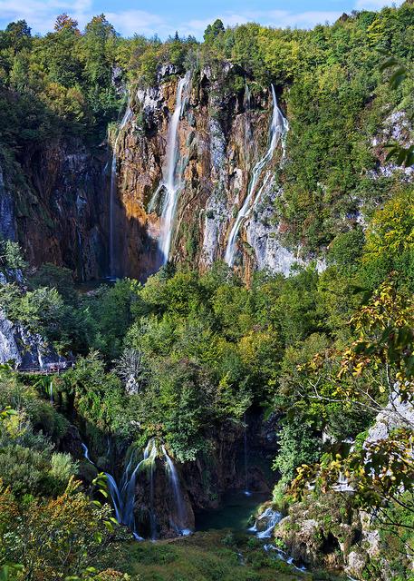 plitvice-lakes-waterfalls