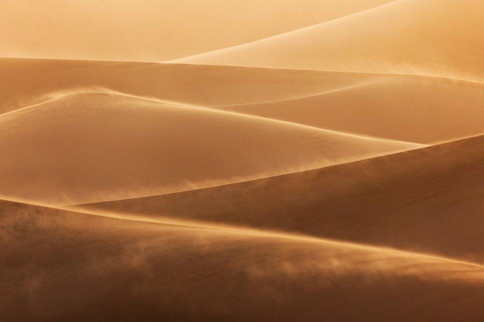 sandstorm-sunlight
