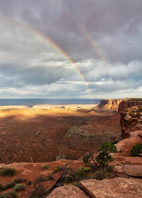 double-rainbow-over-canyonlands