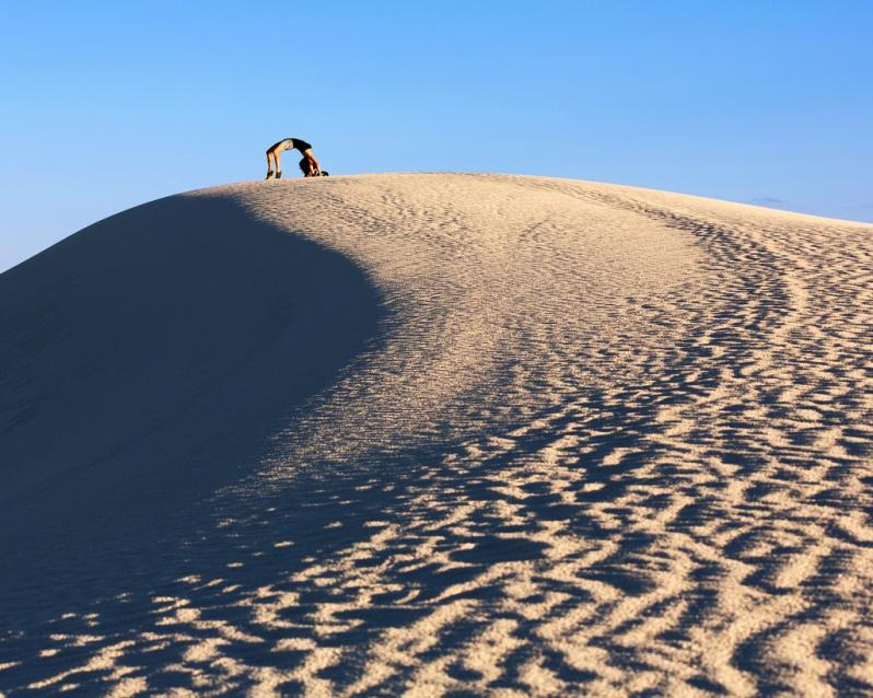 marie-backbending-at-white-sands
