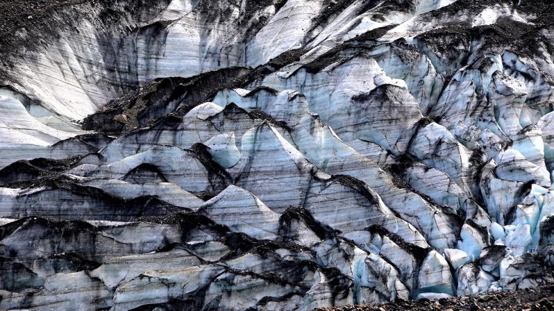 dirty-glacier-ice
