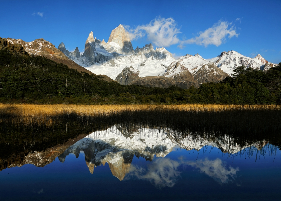 fitz-roy-cloud-reflection-landscape