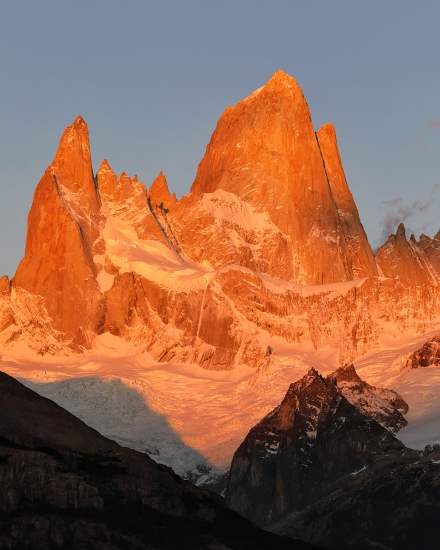 fitz-roy-first-light-portrait