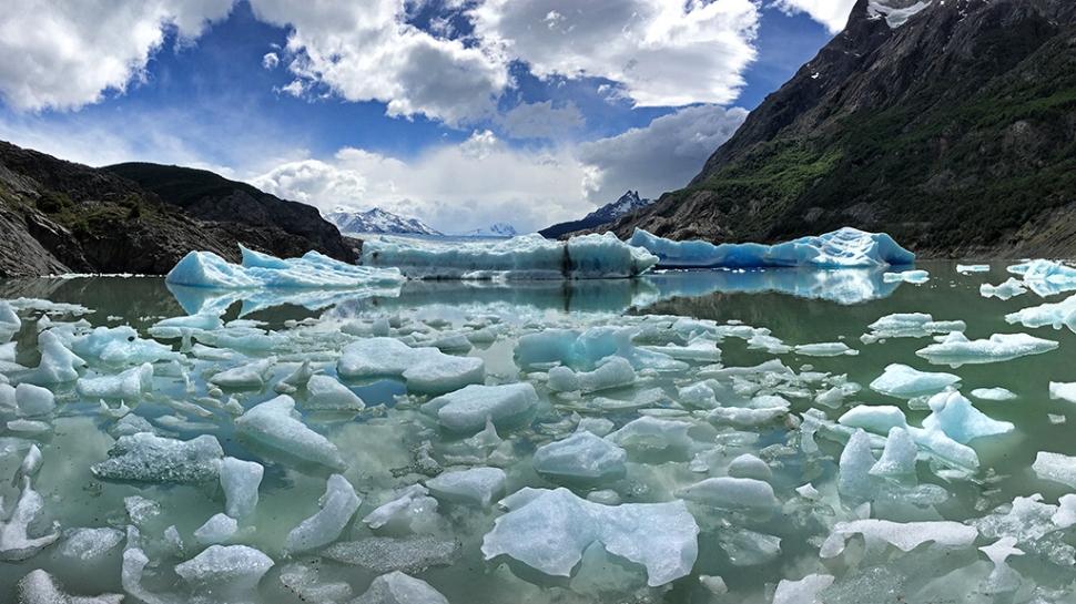 glacier-grey-pano