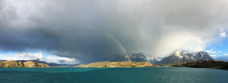 lake-pehoe-rainbow