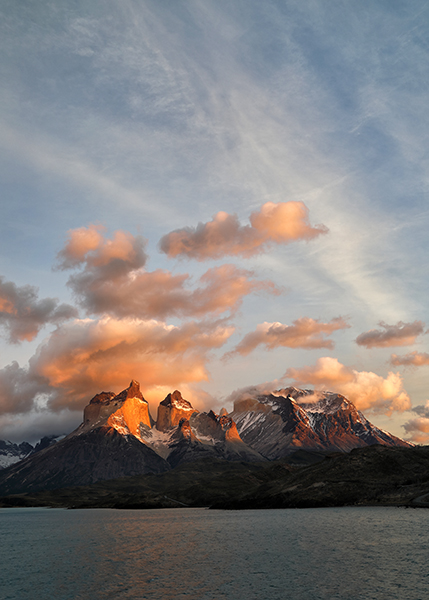 los-cuernos-sunrise-portrait