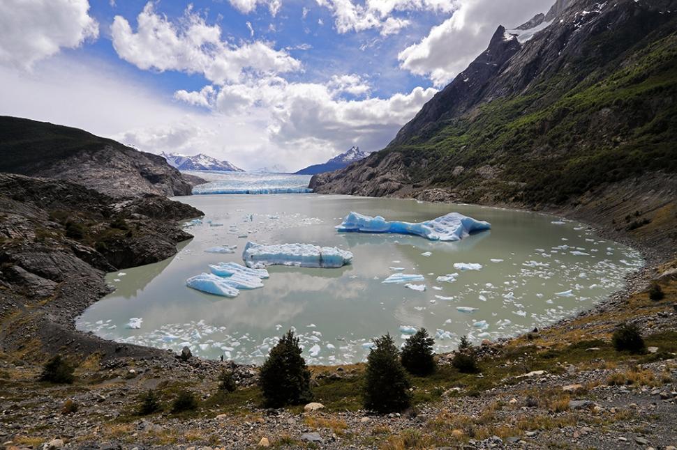 mirador-glacier-grey