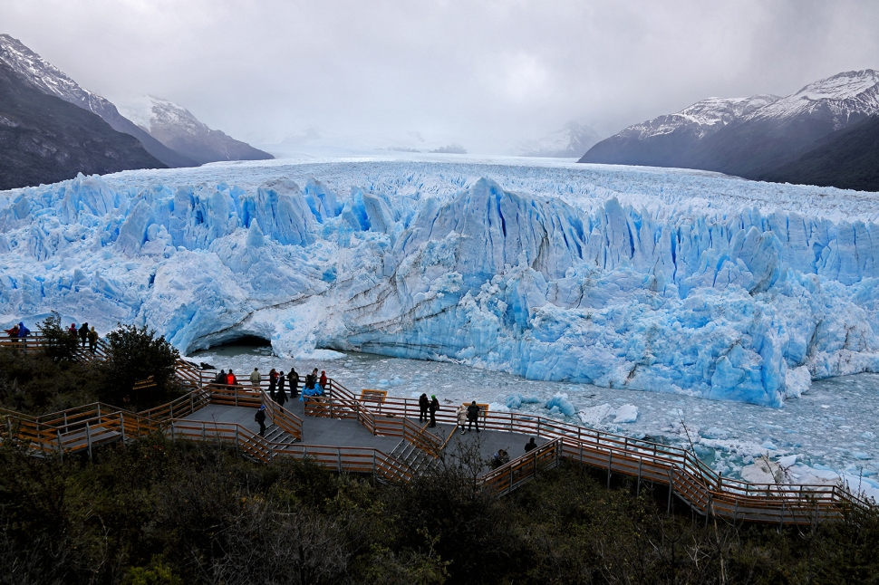 perito-moreno-boardwalk