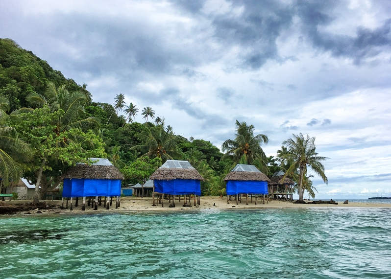 namua-island-beach-fales