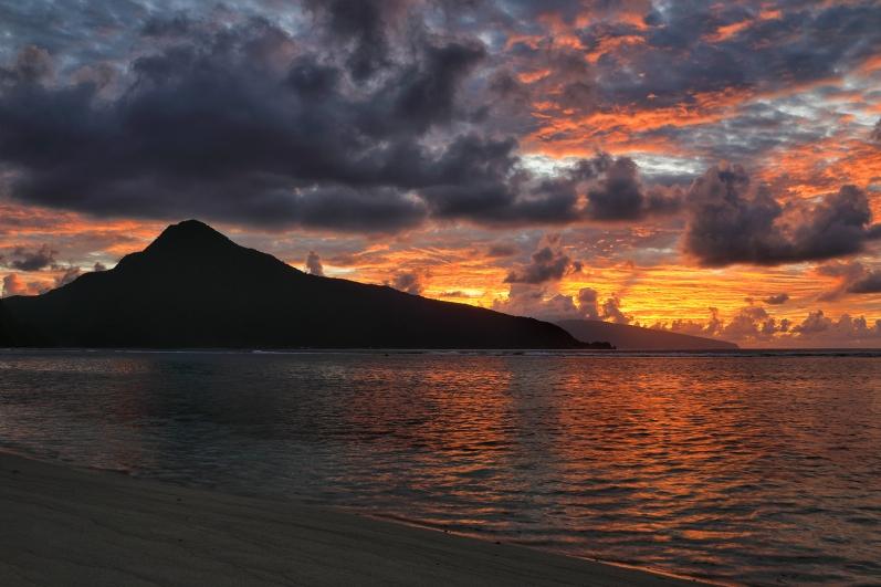 orange-ofu-beach-sunrise