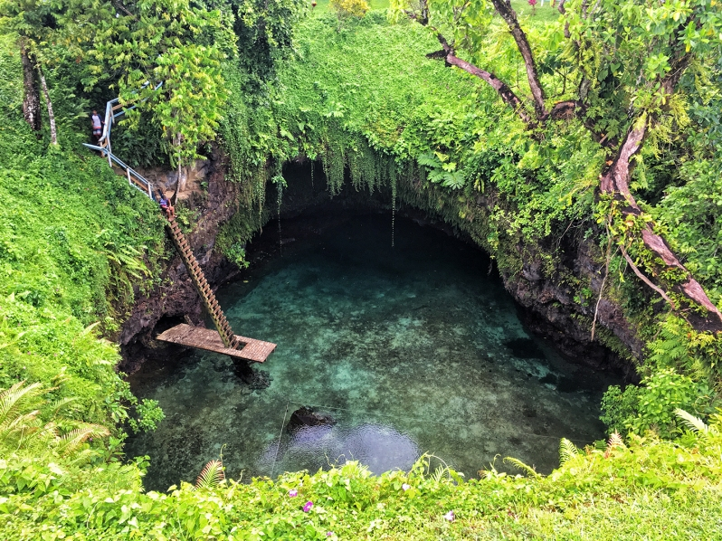 to-sua-ocean-trench
